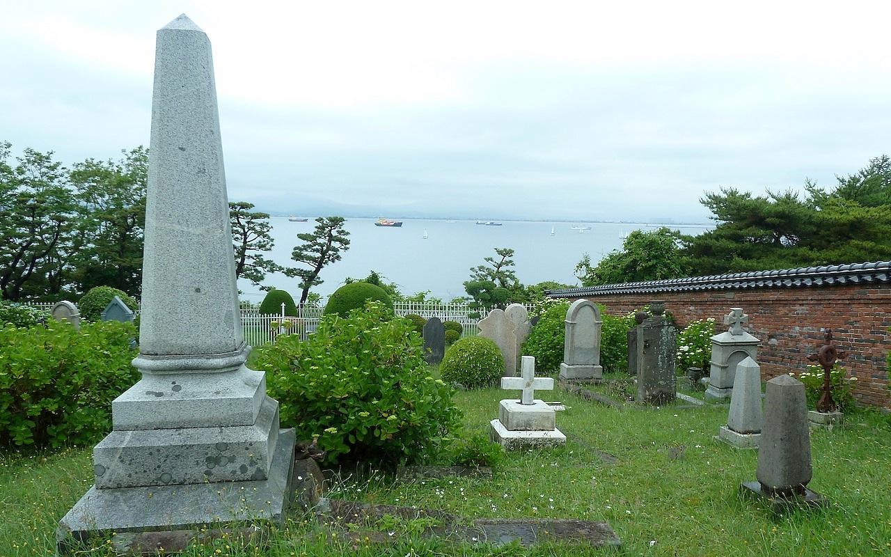 北海道の函館の観光旅行 外国人墓地