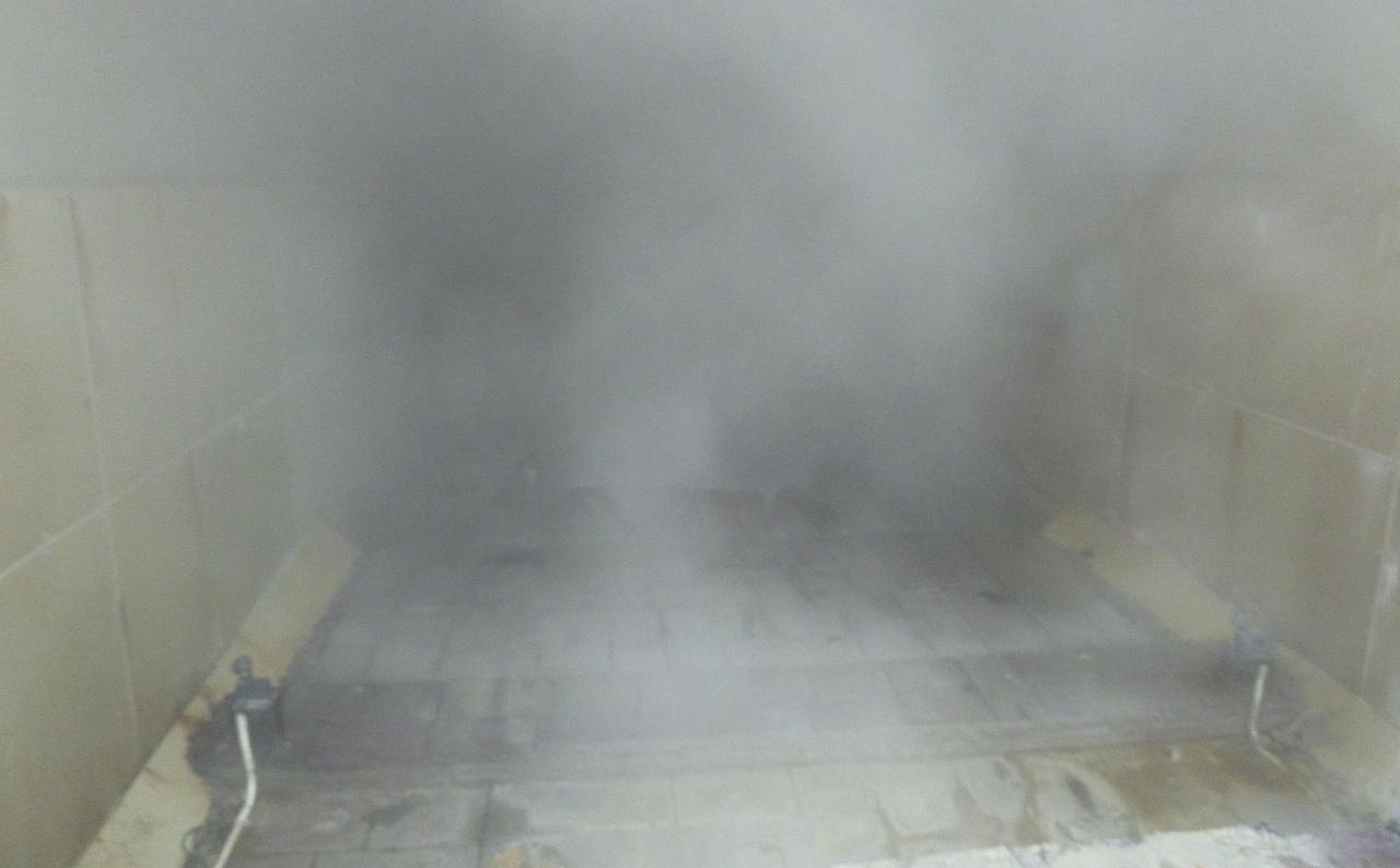北海道の登別温泉の観光旅行 泉源公園の間欠泉