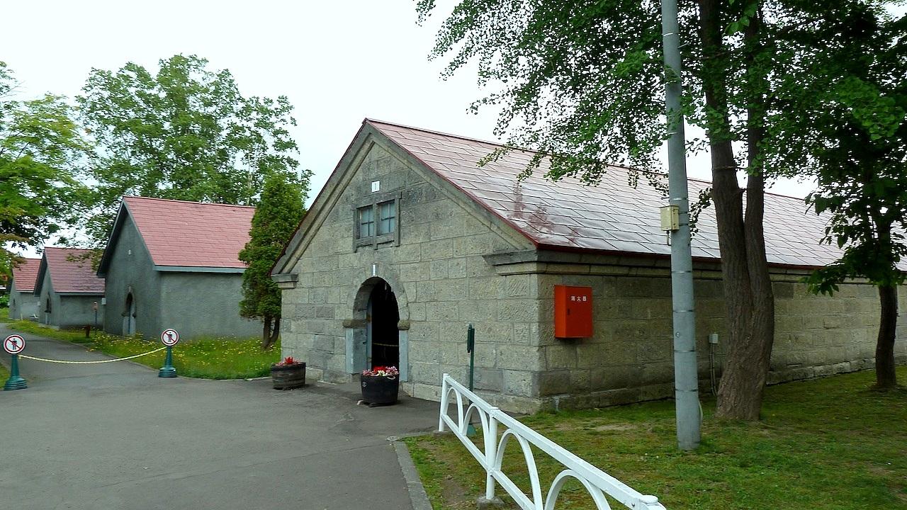 北海道の余市の観光旅行 マッサンのニッカウヰスキー蒸留所の一号貯蔵庫